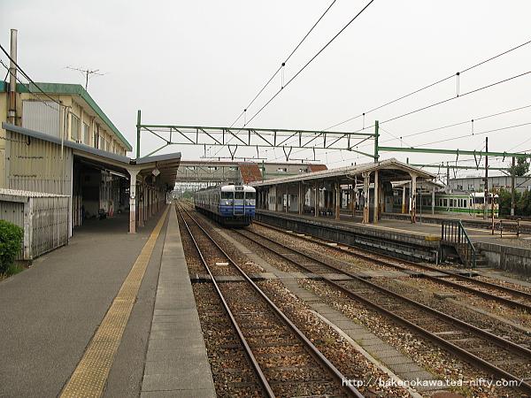 吉田駅の1番ホームその2