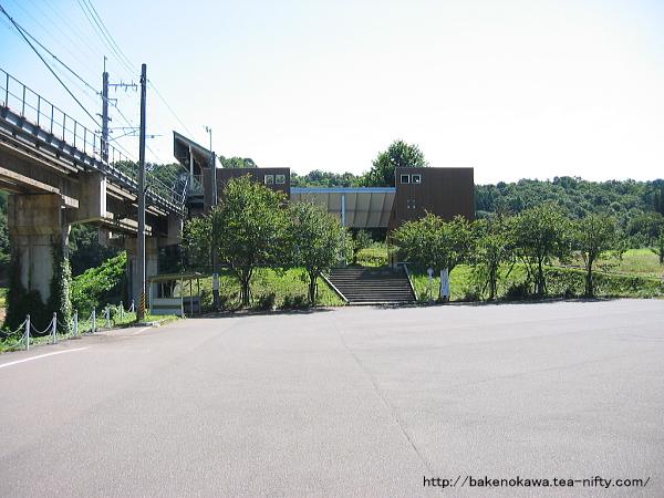 大池いこいの森駅前広場その1