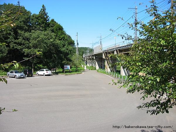 大池いこいの森駅前広場その2
