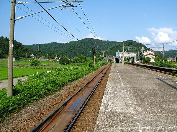 越後広田駅の旧島式ホームその1
