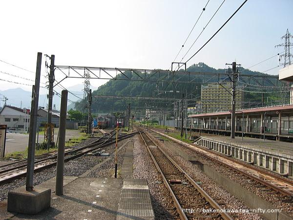 越後湯沢駅の4番ホーム