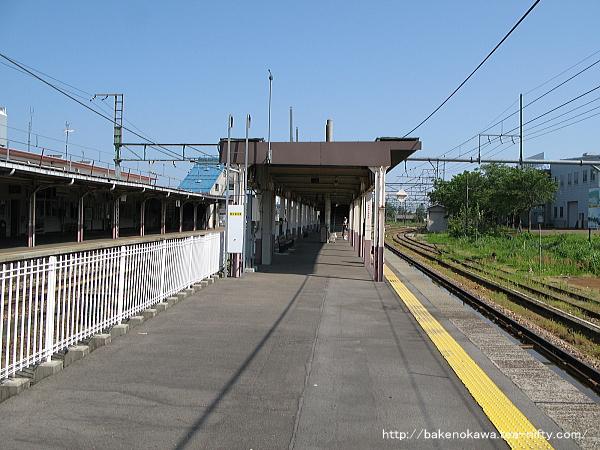 小千谷駅の旧島式ホームその1