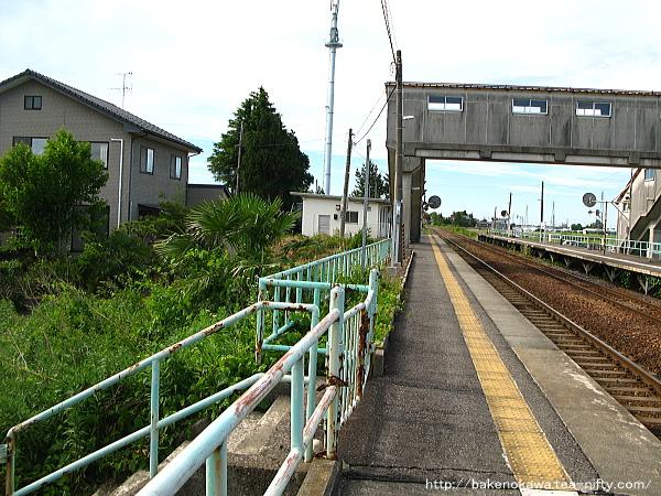新関駅の1番ホームその3