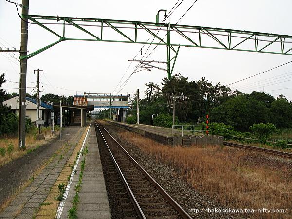 潟町駅の1番線その1