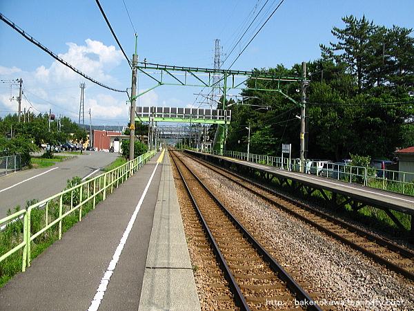 茨目駅の下りホームその1