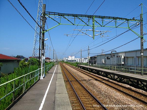 茨目駅の上りホームその5