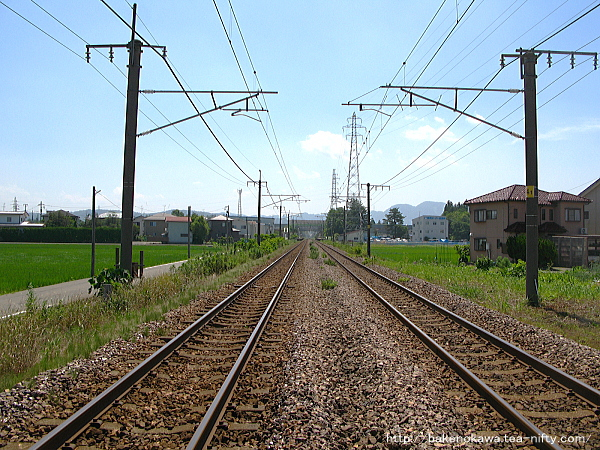 茨目駅付近