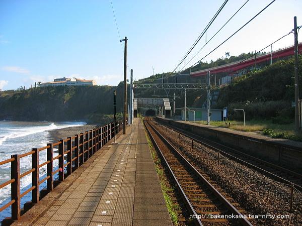 中越沖地震前の青海川駅下りホームその1