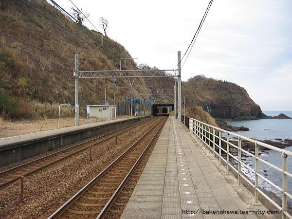 中越沖地震前の青海川駅下りホームその5