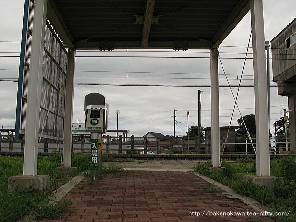 京ヶ瀬駅南口の様子その一