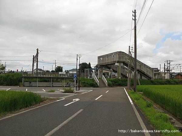 京ヶ瀬駅南口の様子その二