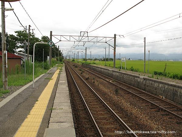 京ヶ瀬駅の1番ホームその二