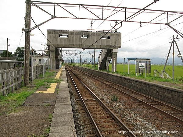 京ヶ瀬駅の1番ホームその四
