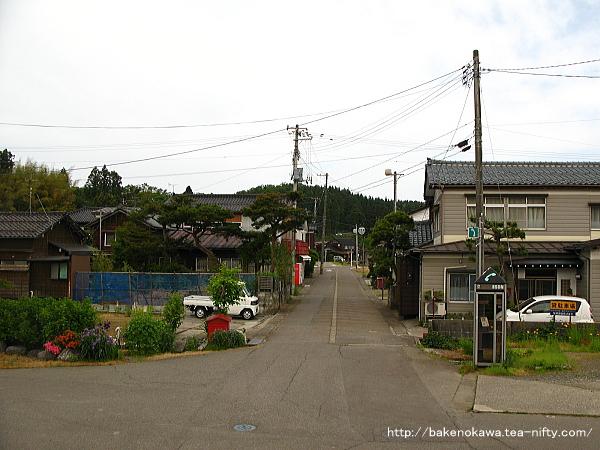 妙法寺駅前通り