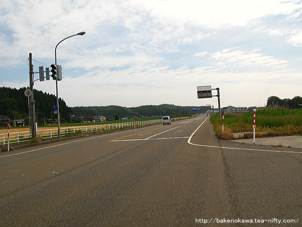 妙法寺付近の国道116号線