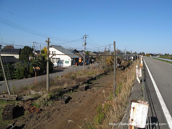 線路撤去後の味方駅構内その2