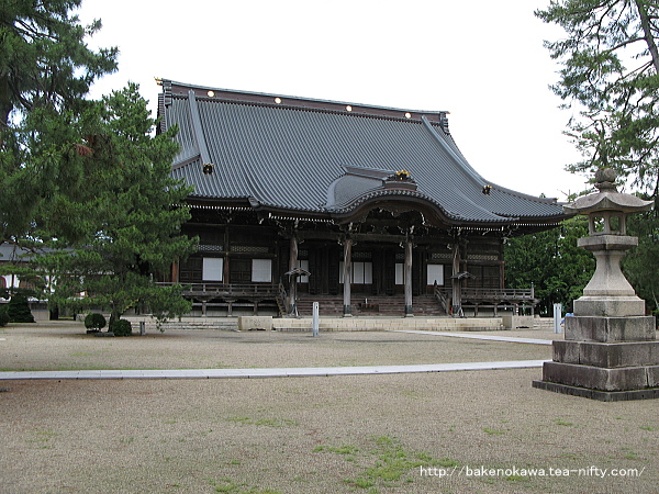 本成寺の本堂