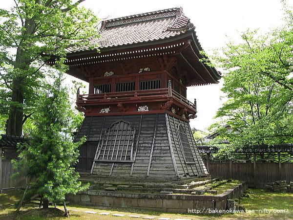 本成寺の鐘楼堂