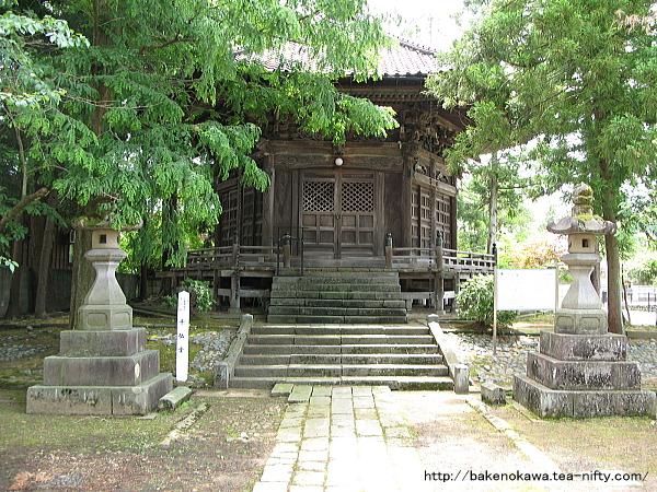 本成寺境内の千仏堂