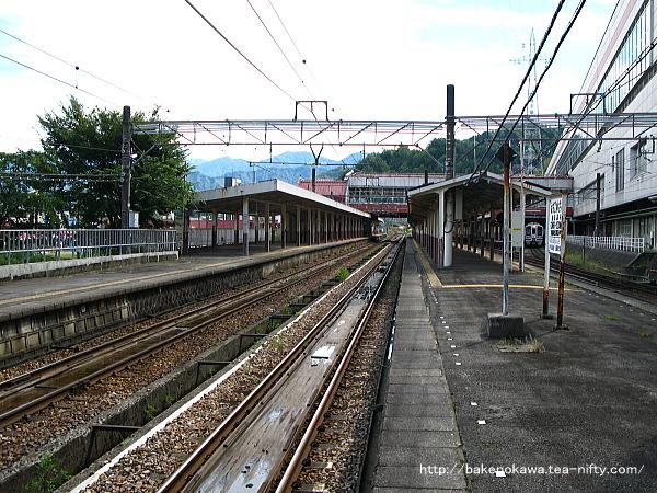 越後湯沢駅の島式ホームその4