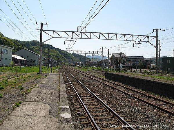 谷浜駅の1番ホームその2