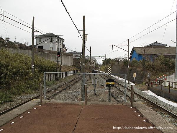 寺尾駅の島式ホームその5