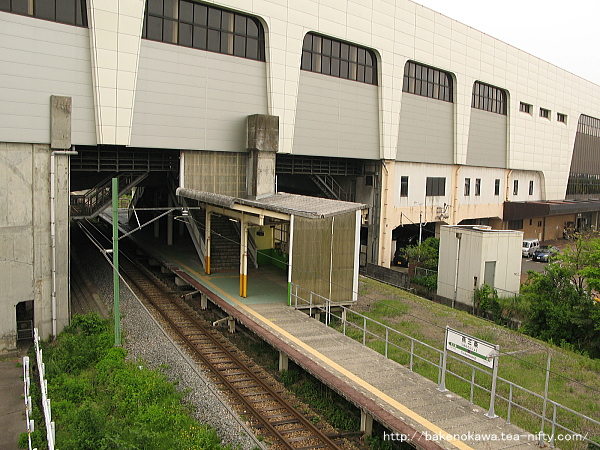 燕三条駅の弥彦線ホームその6