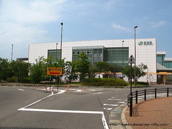 亀田駅東口