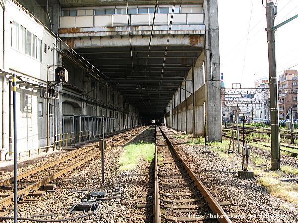 踏切から見た長岡駅構内その1