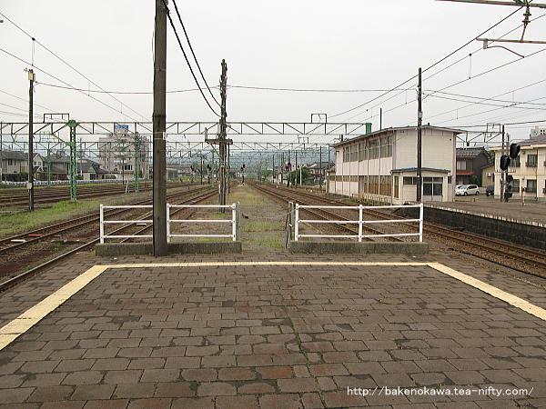 直江津駅の3-4番島式ホームその2