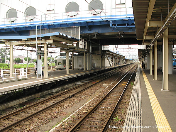 直江津駅の3-4番島式ホームその4