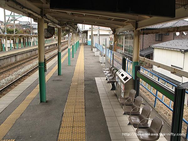 小針駅の1番線その3