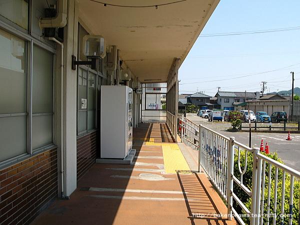 坂町駅駅舎その三