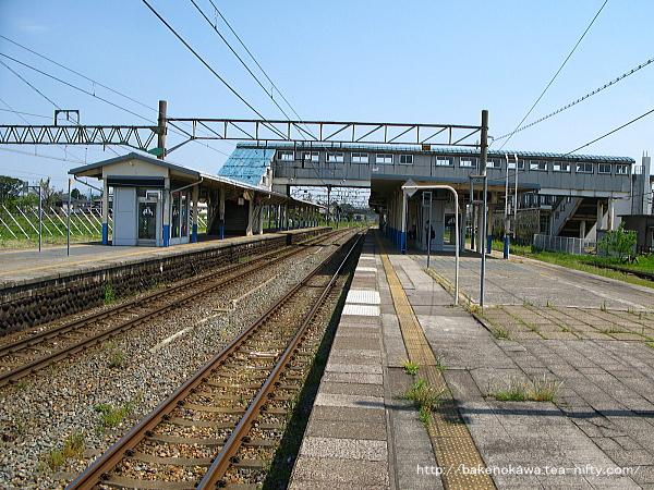 坂町駅の2番線その一