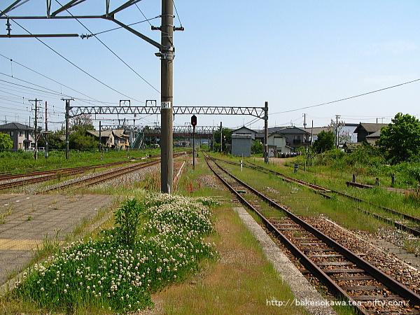 坂町駅の1番線その三