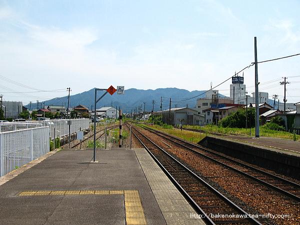 五泉駅の1番線その2