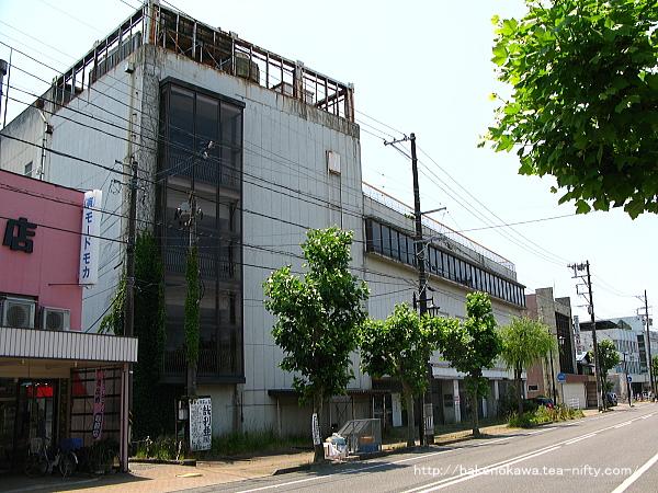 廃墟化した旧ジャスコ五泉店その4