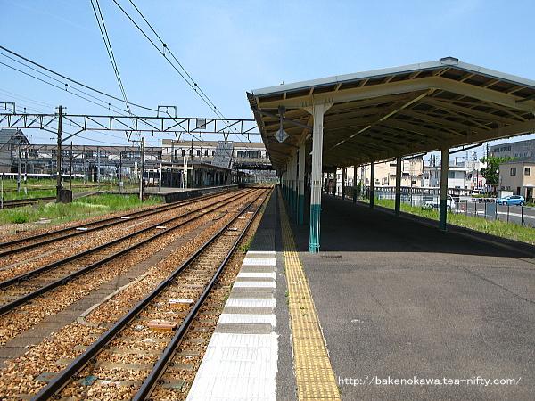 新津駅の1番線その1