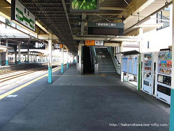 新津駅の1番線その4
