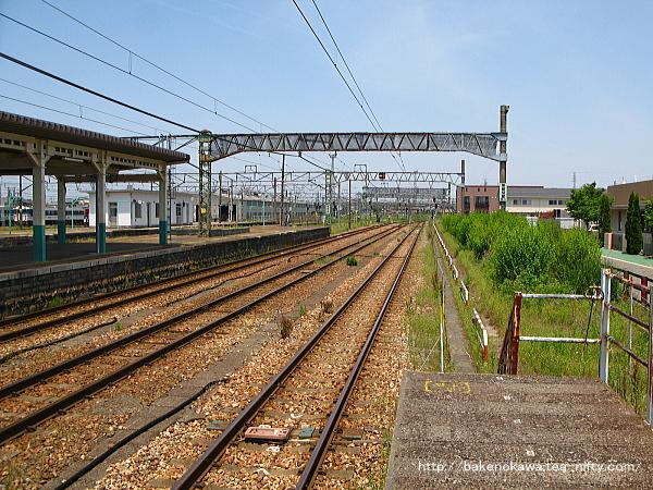 新津駅の1番線その6