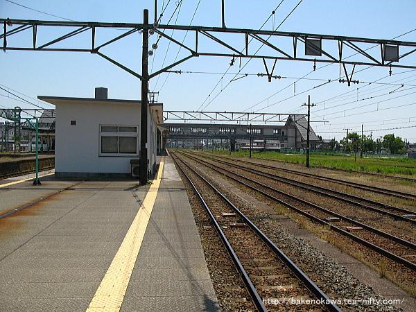 新津駅構内の側線群