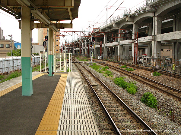 新潟駅の8-9番島式ホームその2