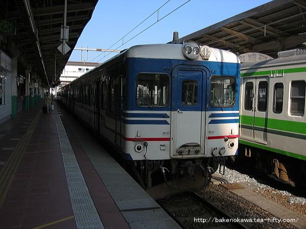 新潟駅で待機中のキハ52形気動車その1