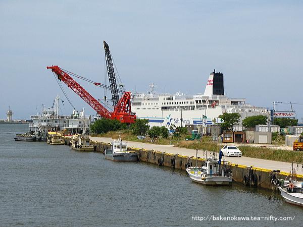 新日本海フェリーのターミナル付近