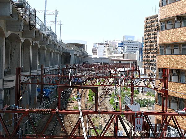 東跨線橋上から見た新潟駅構内