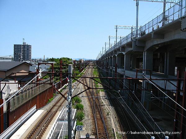 東跨線橋上から新津方を見る