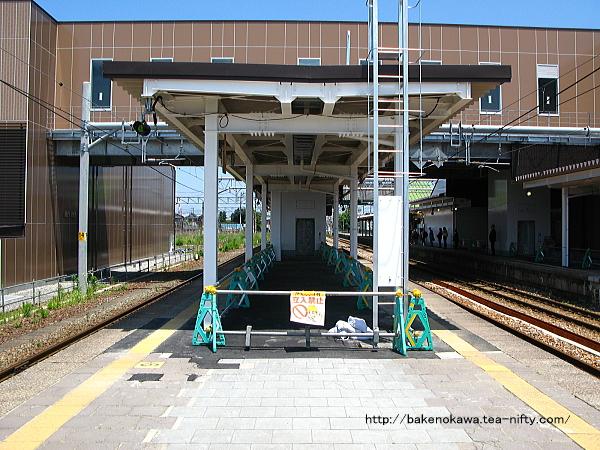 改築工事のほほ終了した中条駅構内その4