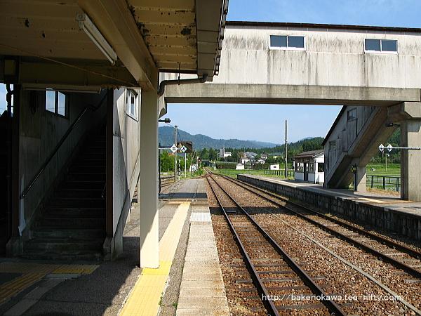 越後下関駅の1番ホームその4