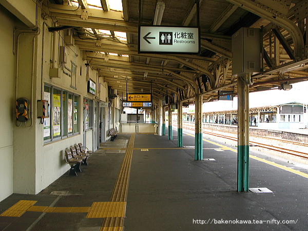 加茂駅の1番ホームその3