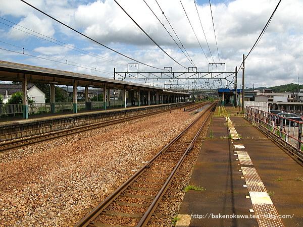 加茂駅の1番ホームその6
